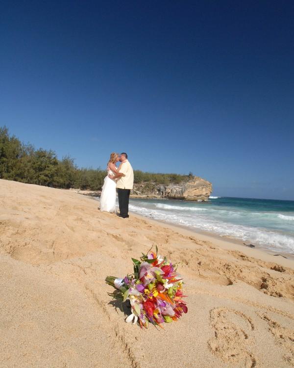 Kauai Wedding Photos Shipwreck Beach Poipu